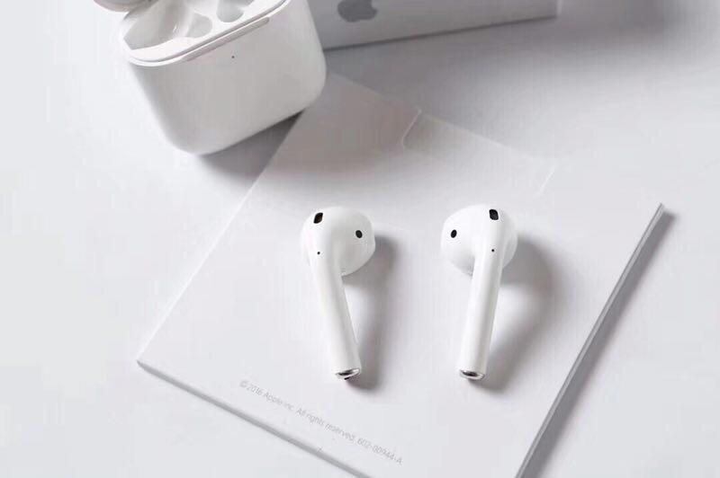 苹果二代耳机airpods